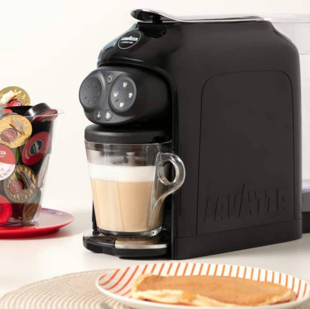 Как пользоваться капсульной кофемашиной?